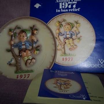 Goebel Vintage Hummel Plate 1977